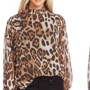 VINCE CAMUTO Animal print sheer Blouse with lining